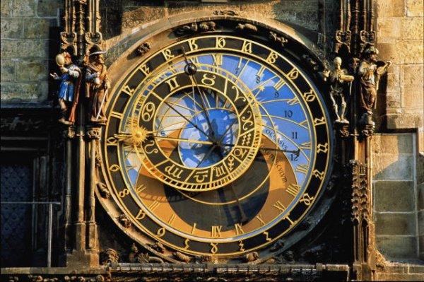 Закарпатский облсовет обратился в Раду с просьбой возобновить перевод часов на зимнее время